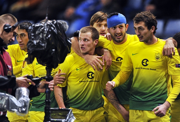 украины по футболу 2011 2012